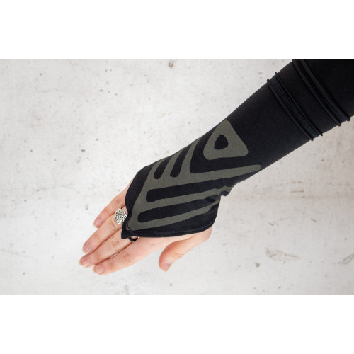 Adinkra Gloves